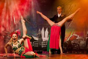 Finnish Blonde Burlesque Troupe Photo: Tuomas Lairila